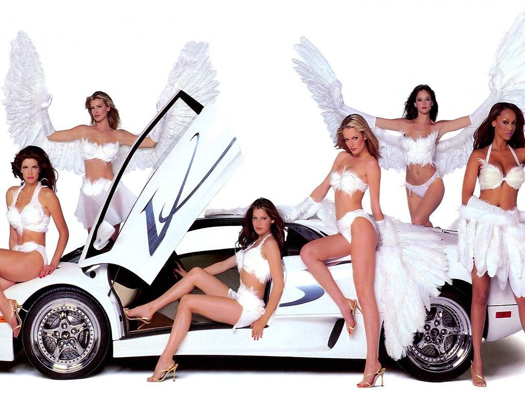 PACK DE 101 WALLPAPERS DE CHICAS CON COCHES. PREVIEW :