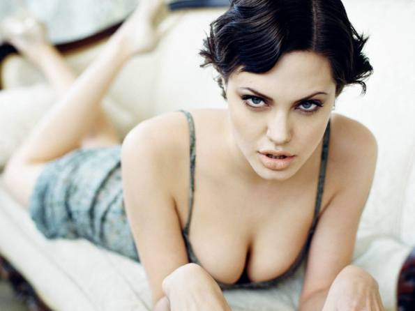 Angelina Jolie fondostilo (326)